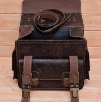 Крупный черный портфель для мужчины