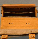 вместительный мужской портфель на 2 отделения
