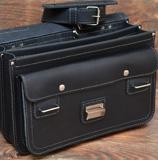 серо-черный мужской портфель