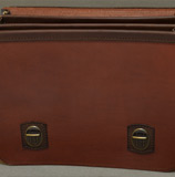 бордово-коричневый кожаный портфель