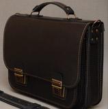 компактный черный портфель