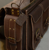 Вместительный кожаный мужской портфель