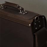 очень большой кожаный коричневый портфель