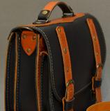 кожаный портфель апельсиново-черного цвета