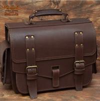Крупный кожаный портфель