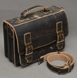 Оригинальный портфель из тертой черной кожи