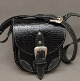 Черная женская барсетка