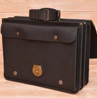 Большой оригинальный черный портфель