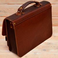 Двухцветный коньячно-коричневый портфель