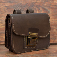 Коричневая поясная сумочка