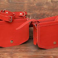 Ярко красные женские сумочки
