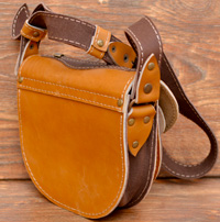 Желто-коричневая женская сумочка