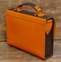 Позитивная женская двухцветная сумочка
