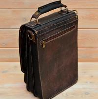 Вертикальный портфель из состаренной кожи