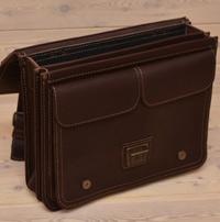 Крупный оригинальный кожаный портфель