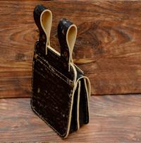 Оригинальная поясная сумка-болтанка из потертой кожи