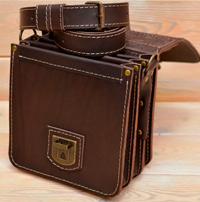 Компактная коричневая барсетка на 3 отделения
