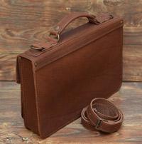 Оригинальный портфель из коньячной кожи