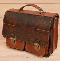 Вместительный портфель из состаренной кожи