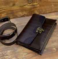 Клатч / сумочка через плечо из кожи под рептилию