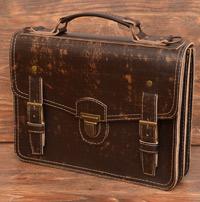 Оригинальный портфель из состаренной коричневой кожи