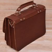 Кожаный портфель коньячного цвета