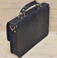 Компактный портфель из состаренной синей кожи