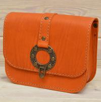 Небольшая женская апельсиновая сумочка