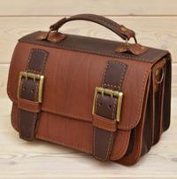 Компактная двухцветная кожаная сумка