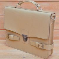 Легкий оригинальный бежевый портфель