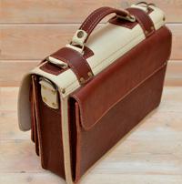 Оригинальная бежево-коньячная сумка