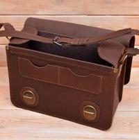 Оригинальная вместительная кожаная сумка