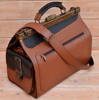 Оригинальный двухцветный кожаный саквояж