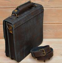 Оригинальная сумка из состаренной серой кожи