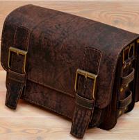 Кожаная сумка из состаренной коричневой кожи