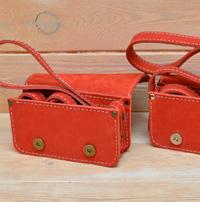Миниатюрная женская красная сумочка